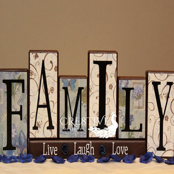 Family Wood Blocks Decor With Live Laugh Love Saying