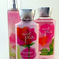 New Bath & Body Works Gift Set Sweet Pea With Gift Bag And Ribbon!