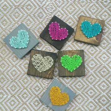 Mini Heart String Art Sign, Custom Color Heart Shelf Decor, Kids Room Decoration, Valentines Day Gift, Gift of Love Wood Sign