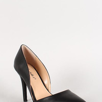 Breckelle Leatherette Pointy Toe Sweetheart Pump Color: Black, Size: 8
