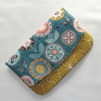 Womens Wallet, Fold over Clutch, Clutch Purse, Envelope Clutch, Fabric Foldover Clutch, Birthday Gift Idea, Handbag Nearby Floral
