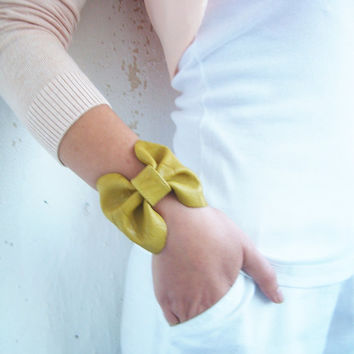 Leather cuff bow, leather bracelet, bow leather bracelet, autumn yellow leather bracelet, turquoise, fuschia pink, grey