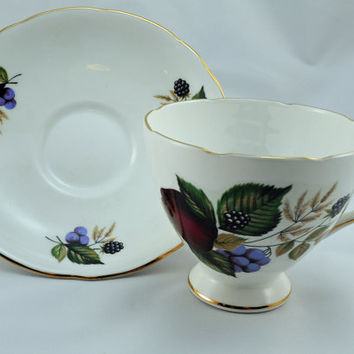 Cup and Saucer, Collectible Set, Staffordshire Fine Bone China, Gladstone Pattern, Made in England (2)