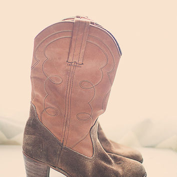 Vintage 80s Cowboy boots Brown with Embroidery Soft Leather High Heel Dexter Suede Cowgirl Boots Women's Size 8.5