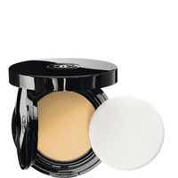 VITALUMIÈRE AQUA FRESH AND HYDRATING CREAM COMPACT SUNSCREEN MAKEUP BROAD SPECTRUM SPF 15 | Chanel