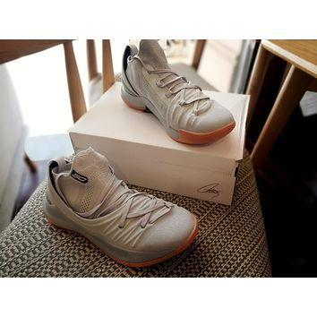 Under Armour Ua Curry 5 Gray Raw Basketball Shoe   Best Deal Online