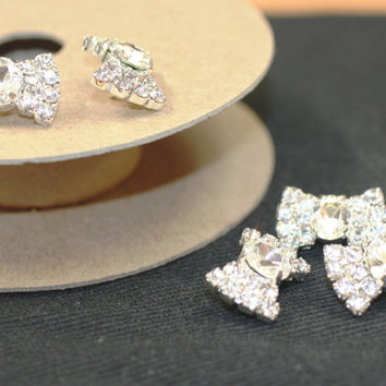 Cystal/Silver Rhinestone/Diamante/Crystal (22mm x 16mm) Bow-Shaped Button - Hair, Accessories, Cakes, Bouquets, Jewellery, Costume!