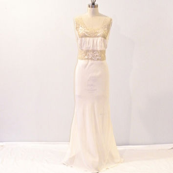 Vintage 1940s Negligee, 40s Ivory & Lace Bias Cut Nightgown, Bridal Lingerie Gown, Bow Accents, Laura Lane