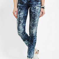 Urban Outfitters - standards & practices Moto Skinny Jean