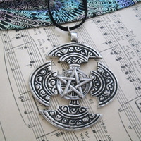 Elegant Celtic Pentagram Necklace, wiccan jewelry pagan druid witch occult witchcraft magical mystical metaphysical gypsy