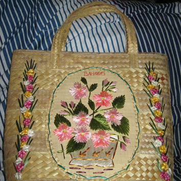 Vintage Raffia Bag Straw Bahamas Yarn Stitched Photo Prop Tote Handbag