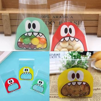 100Pcs Cute Wedding Party Christmas Gift Bags Cookie Pouch Self Adhesive Cartoon Candy Package