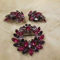 Vintage Sherman Wreath Style Purple, Lilac and Magenta Brooch and Earrings