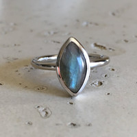 Marquise Labradorite Ring- Smooth Labradorite Ring- Promise Ring for Her- Gemstone Ring- Sterling Silver Ring- Stone Ring- Stack Ring