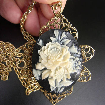 White Rose & Black Cameo Pendant Necklace Victorian Revival Celluloid Vintage