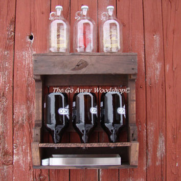 Growler drying rack with drip pan