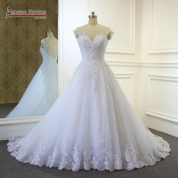2017 Hot sale stunning sweetheart neckline lace A-line wedding dress