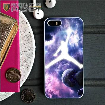 Michael Jordan In Galaxy Nebula iPhone 5C Case|iPhonefy