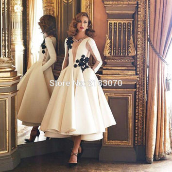 Fashion Couture 2016 White Tea-Length Evening Gowns Sexy Long Sleeve Formal Dress With Black Applique Women Night Party Dresses