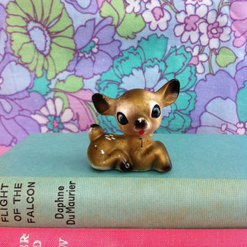 Kitsch deer figurine! Cute, vintage, gold, kitschy china fawn figurine!! Retro Bambi!