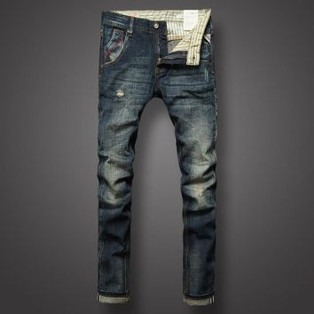 Men's Slim Fit Ripped Jeans
