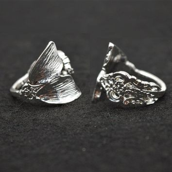 Dropshipping Silver Mermaid Ring Women Tiny Spoon Tail Ring Index Thumb Ring Elegant RG57