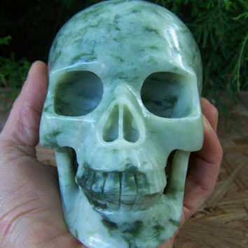 "Huge 4.92"" 3.19 Pounds 1445g Jade Skull Crystal Healing Altar Shrine Magical Magic Mystic Reiki Wicca Magik Large Big Massive 5 Inch Green"