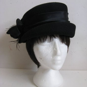 Vintage 1980s Black Wool Hat- Kates Boutique 1980s Black Wool Felt Bucket Hat