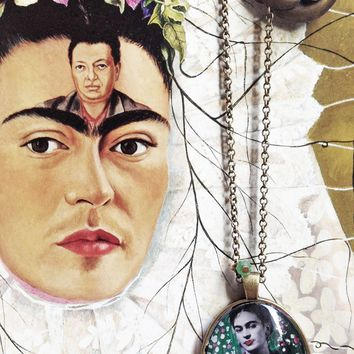 Frida Kahlo artistic Necklace Painted Handmade Jewel Frida Kahlo inspired