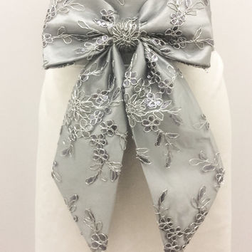 Silver Lace Wedding Sash for Bridesmaid,   Silver Bow Sash,  Bridal Bow Sash, Wedding Lace belt, Fancy Belt Bow