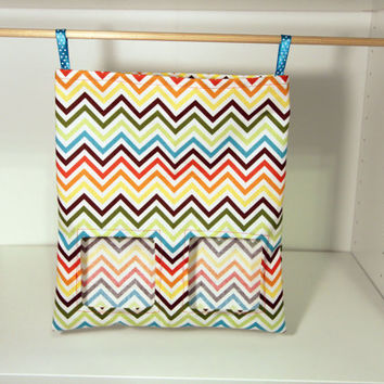 Guinea Pig Hay Feeder, Rabbit Alfalfa Sack, Feed Bag - Multicolor Retro Chevron