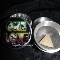 Bob Marley One Love Photo Inside 4 Piece Herb Grinder Pollen Screen Catcher from Cognitive Fashioned