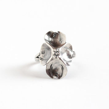 Vintage Sterling Silver Dogwood Flower Ring - Retro 1960s Hallmarked Stuart Nye Adjustable Floral Nature Inspired Statement Jewelry