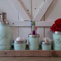 Mason Jar Bathroom Set - Rustic Bathroom Set - Country Bathroom Set - Mason Jar and Wood Box Organizer - Light Green Bath Set
