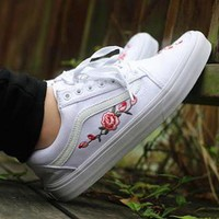 Vans Canvas Rose Flower Embroidery Old Skool Sneakers Sport Shoes