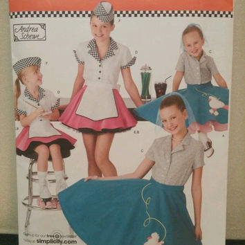 simplicity girls costumes 3 4 5 6 pattern 3836 Andrea Schewe New