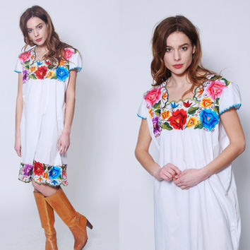 Vintage 70s EMBROIDERED Mexican Dress White Tent Dress FLORAL Boho Dress Cotton Hippie Ethnic Festival Dress