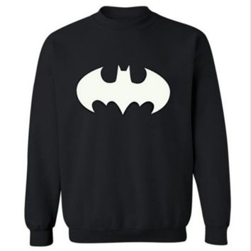 Batman Cartoon Autumn and winter leisure men 's round neck sets of sports sweater Black