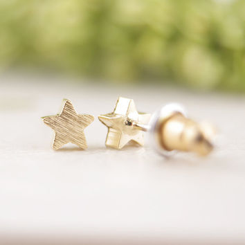 New fashion Five-pointed star earrings gift idea  bridesmaid  gold pink gold  tiny small  geometric  stud earrings ED025