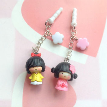 Kawaii charm, Japanese Geisha girls cute dust plug, pink Cherry blossom, Anime phone charm, Sakura flower bead, earphone jack plug charm