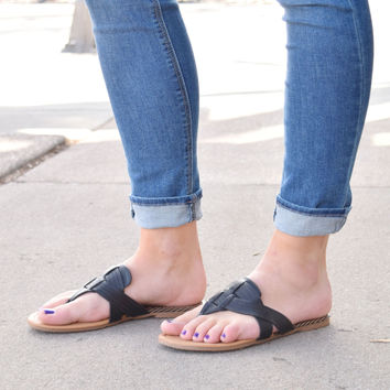 Mohave Desert Black Sandals