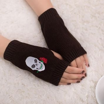 Fingerless Warm Touch Screen Gloves Stretch Knit Gothic Skull Pattern