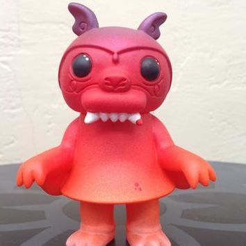 Lulubell Toys - Bloody Autumn Steven the Bat custom by Scnebbs