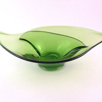 Vintage MCM Glass Dish Divided Bon Bon Serving Green