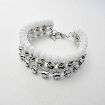 [W.C.] white and opal weaving chain bracelet
