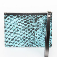 Blue Fish Clutch