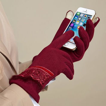Flannelette Lace Trim Touchscreen Gloves