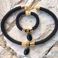 Black climbing cord jewelry set, rope, black onyx  jewelry set, necklace and bracelet ,gold colour elements, handmade jewelry, gift for her