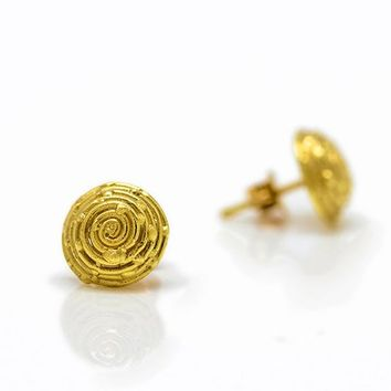 18k gold Spiral earrings, 18kGold post earrings, Stud earrings,Bridal earrings,Dainty earrings,Wedding earrings,  Gift for her, Fine jewelry