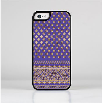 The Tall Purple & Orange Floral Vector Pattern Skin-Sert Case for the Apple iPhone 5c